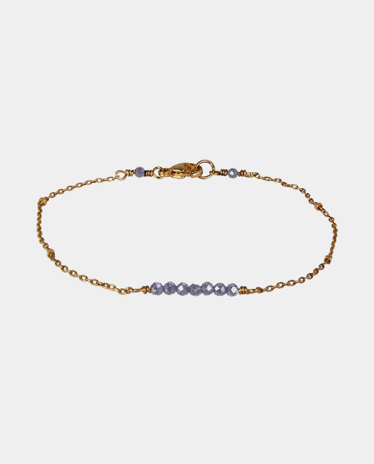 Handmade bracelet with grey-blue iolite and sterling silver plated with 18 carat gold without nickel