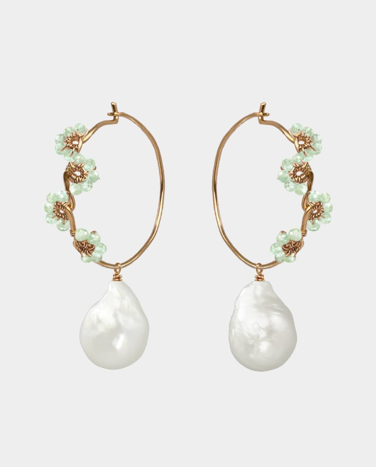 Handmade creoles with fine gemstones and original freshwater pearls as a popular gift idea