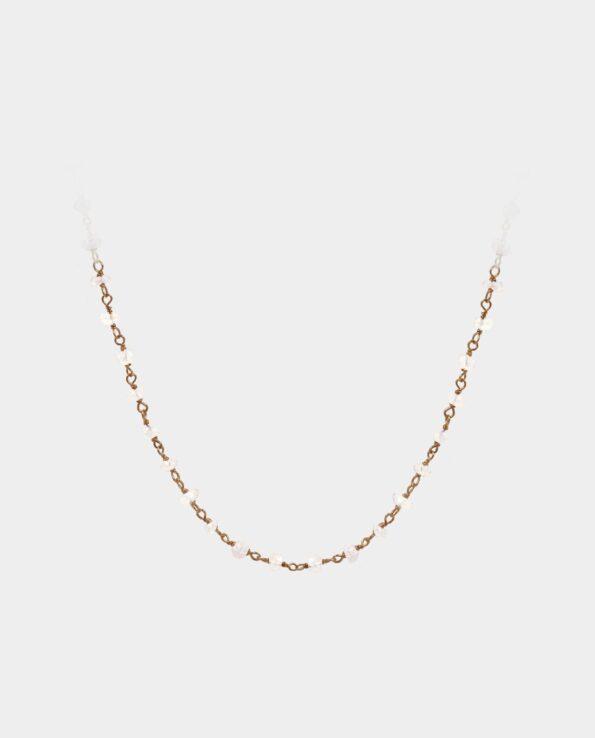 Håndlavet halskæde med dusinvis af månesten der er facetslebne samt tråd af sterlingsølv forgyldt med 18 karat guld