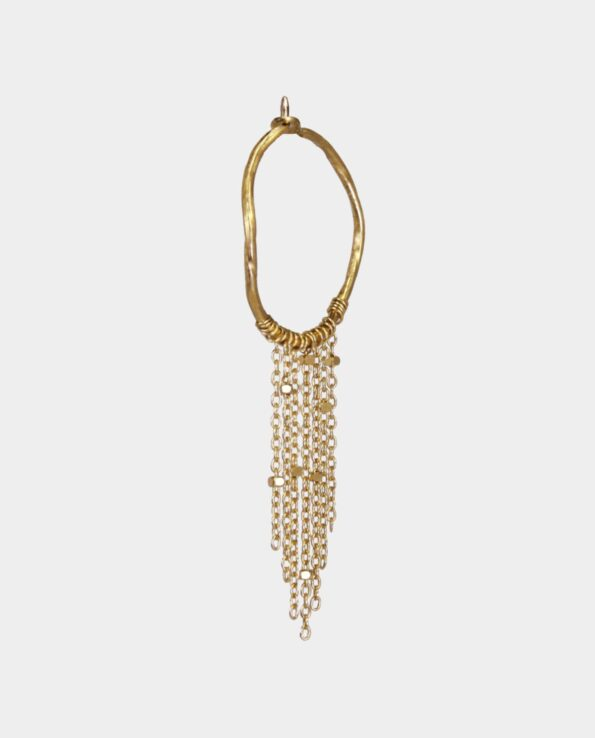 Creole with chains of gold in natural and raw Danish design from the jewelry shop in Copenhagen