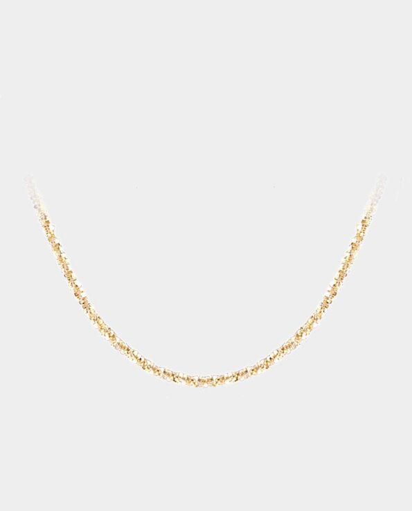 Feminin guldhalskæde i 14 karat guld lavet af de bedste smykkematerialer til kvalitetsbevidste kvinder og konfirmanden